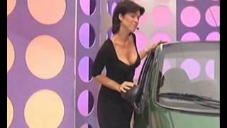 getlinkyoutube.com-Dominique Pivain Sexy Décolleté / Talons Hauts
