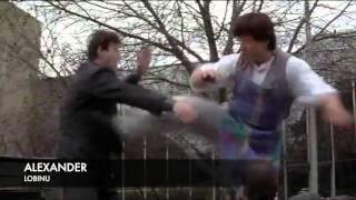 getlinkyoutube.com-Mr. Nice Guy Jackie Chan (chase scene)