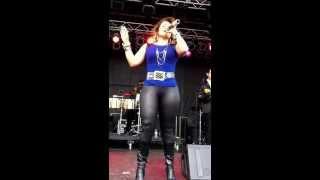 Diana Reyes en Oklahoma state fair 9/15/13 video 2
