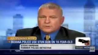getlinkyoutube.com-Cop tasers 10 year old at a daycare! - PoliceBrutality.US