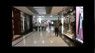 A Walk in the Big Malls of Bangkok : MBK, Siam Center, Central World, Fashion, Pantip
