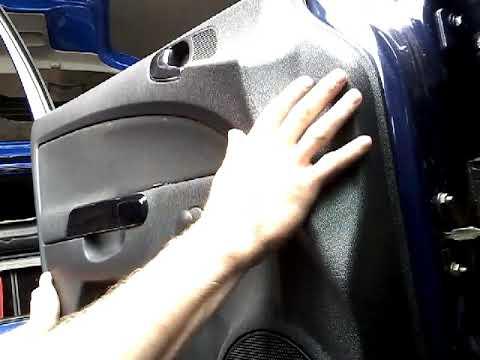 Как снять обшивку карту передней двери OPEL CORSA(2008)demontaz boczka drzwi przod panel remova