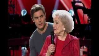 getlinkyoutube.com-Betty White & Zac Efron sings on The Voice (HD)