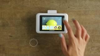 getlinkyoutube.com-The New Polaroid Snap Touch: Digital and Instant-Print camera