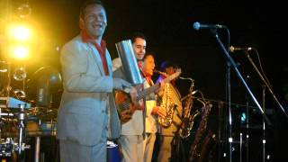 getlinkyoutube.com-Los Reyes Locos en vivo La Negra Esther