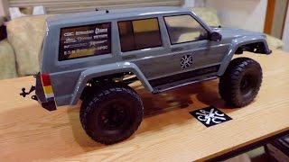 getlinkyoutube.com-Axial SCX10 II RTR 2000 Jeep Cherokee Unboxing While On The Road