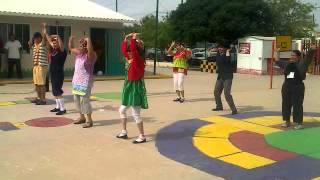 getlinkyoutube.com-la vecindad del chavo coreografia