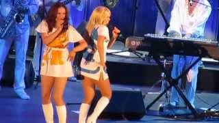 getlinkyoutube.com-ABBA Fest - Dancing Queen at Hollywood Bowl 2013