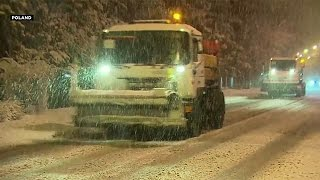 getlinkyoutube.com-برف و بوران زمستانی در اروپا