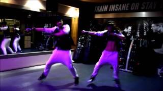 getlinkyoutube.com-Dance Fitness with Nevena & Goran - Don Omar Guaya Guaya