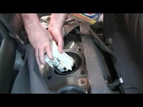 Замена топливного насоса и фильтра, на Nissan X-Trail T30