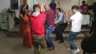 getlinkyoutube.com-Baul Singer By Satabdi - Amar Matir O Pinjira Sonar Moyna - Oldham Eid Concert 2016 (NEW)