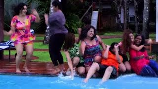 getlinkyoutube.com-Ellam Chettante Ishtam Pole Song 2 Ft Lakshmi Sharma l Charulatha l Sonia