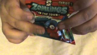 getlinkyoutube.com-zomlings in the town blind bag opening (2 packs)