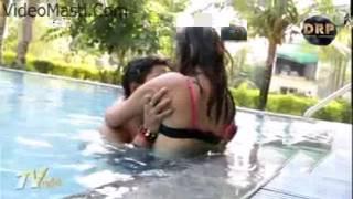 Devar Ka Bhabhi Ke Sath Swimming Pool Me H0T Romancevideomasti com