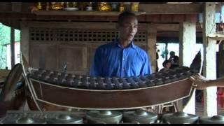 getlinkyoutube.com-សាស្រ្តាចារ្យ ឆែម សុខ Interview with Chhem Sok 2009 08 12 (2)