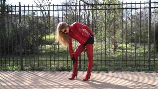 getlinkyoutube.com-Aaliyah in red crotchhigh boots