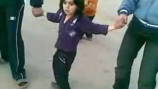 getlinkyoutube.com-اروع طفل سوري يمارس الدبكة الحورانية باحتراف
