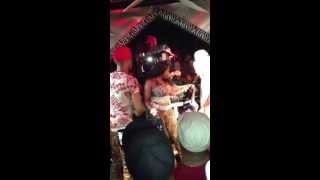 Foxy Brown se casse la gueule sur scène à NYC