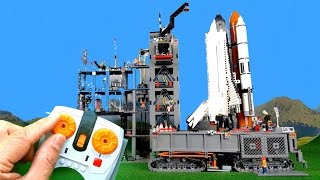 getlinkyoutube.com-Countdown and launch of big Lego Space Shuttle