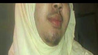 getlinkyoutube.com-Yaab: Gabar Soomaali oo isku badashay Wiil.