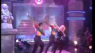 getlinkyoutube.com-Kylie Minogue - Better The Devil You Know - TOTP 1990