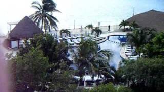 Desire Cancun Hot Tub