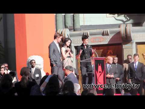 Kristen Stewart, Robert Pattinson And Taylor Lautner Hand And Footprint Ceremony