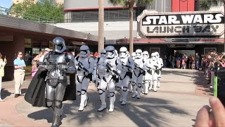 getlinkyoutube.com-Captain Phasma leads First Order Stormtroopers in march at Hollywood Studios