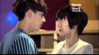 getlinkyoutube.com-K-Pop Extreme Survival Kisses Part 1