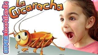 getlinkyoutube.com-La Cucaracha Hexbug Nano! Juego de mesa con Andrea. Cockroach in the kitchen!