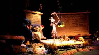 getlinkyoutube.com-新加坡環球影城 - 馬達加斯加 - 木箱漂流記