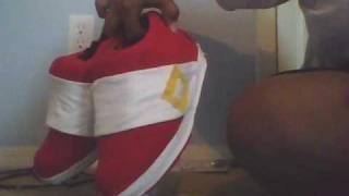 getlinkyoutube.com-How to make sonic the hedgehog sneakers!!! XD(ORIGINAL!)
