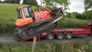 getlinkyoutube.com-case 7220.moving Fiat kobelco D180 Dozer