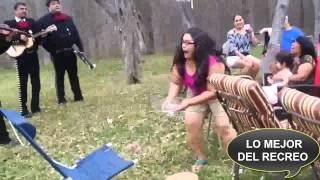 getlinkyoutube.com-21 Fallas Graciosas (caídas,sustos,golpes,risas, explosiones etc.)