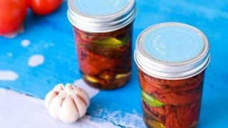 مطبخ اسيا -  زيتون متبّل، هريسة مغربية و طماطم مجففة صنع بيتي