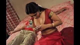 Anagarigam sadhya Hot Video