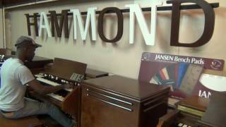 getlinkyoutube.com-Vintage Hammond C- 2 with Percussion for sale #115 Keyboard Exchange