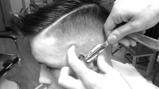 getlinkyoutube.com-Razor Fade By New York Barbershop Rotterdam