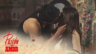 getlinkyoutube.com-Pasion De Amor: Passionate Kiss