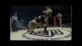 getlinkyoutube.com-Aja Kong & Bull Nakano vs. Akira Hokuto & Shinobu Kandori ( AJW 3/27/94)
