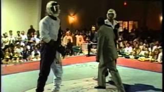 getlinkyoutube.com-Anthony Price vs Michael Pombeiro 1996 Bluegrass Nationals Karate Tournament