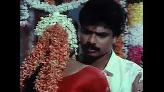 getlinkyoutube.com-Ranjini And Pandiarajan First Night Scene | Muthukkal Moondru Tamil Film