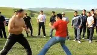 getlinkyoutube.com-Kyrgyzskaya  kriminal'naya razborka BEYBARS-MAKSAT.240