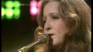 BONNIE RAITT - Love Me Like A Man  (1976 O.G.W.T. UK TV Appearance) ~ HIGH QUALITY HQ ~