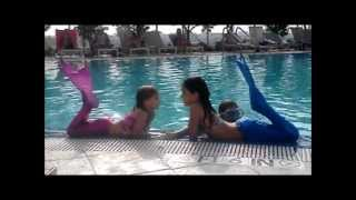 getlinkyoutube.com-Miami Beach Mermaids (Swimmable Mermaid Tails)