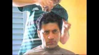 getlinkyoutube.com-Ronaldo ensina  corte de cabelo social