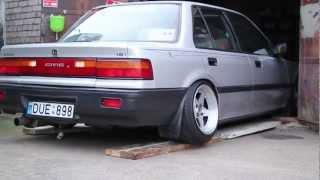 getlinkyoutube.com-DžiZa's Slammed '89 Turbo Civic
