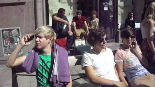 getlinkyoutube.com-hanging out with one direction, sweden 6/6
