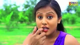 getlinkyoutube.com-Aaste Dable Pode Jaayআষ্তে দাবলে পোড়ে জায় #Bapero Baap Aachhe Movie Song
